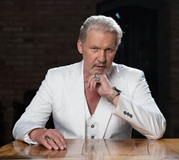 Johnny Logan 2017 484x433